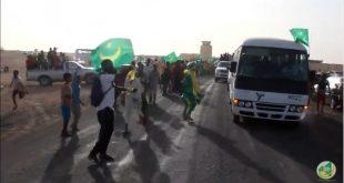 سكان ازويرات يستقبلون المنتخب الوطني بحفاوة كبيرة استعداد للقاء ليبريا